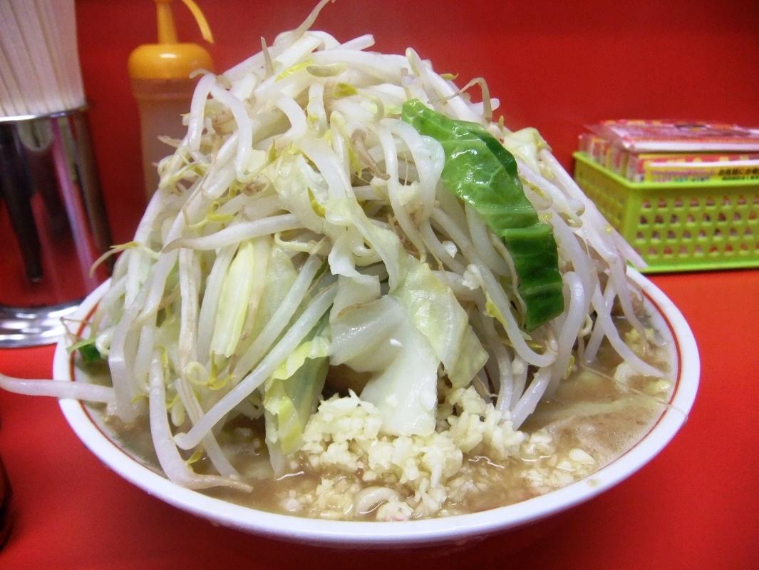 ラーメン二郎 仙台店:小豚ラーメン(ヤサイマシマシニンニク) 12.03.16