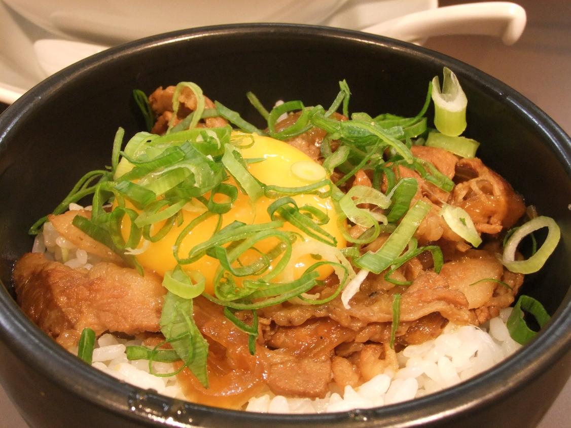たんめん専門店 百菜:豚玉丼 12.05.10
