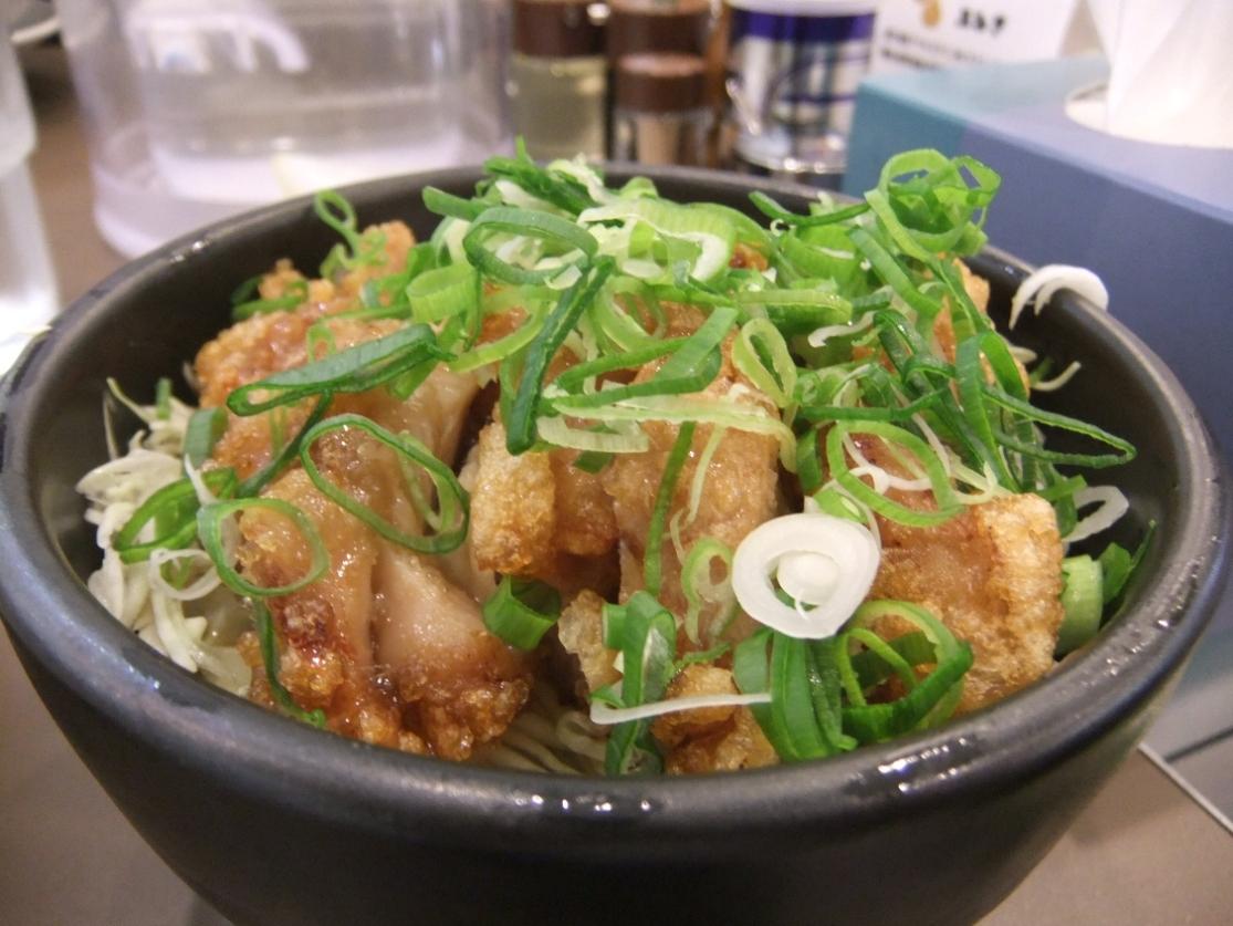 たんめん専門店 百菜:ユーリンチー丼 12.05.17