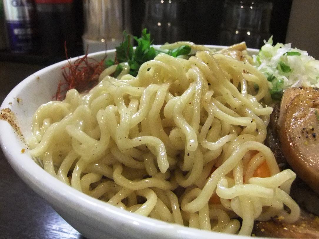 中華そば いちや  アトレ川崎店:麺 12.06.06