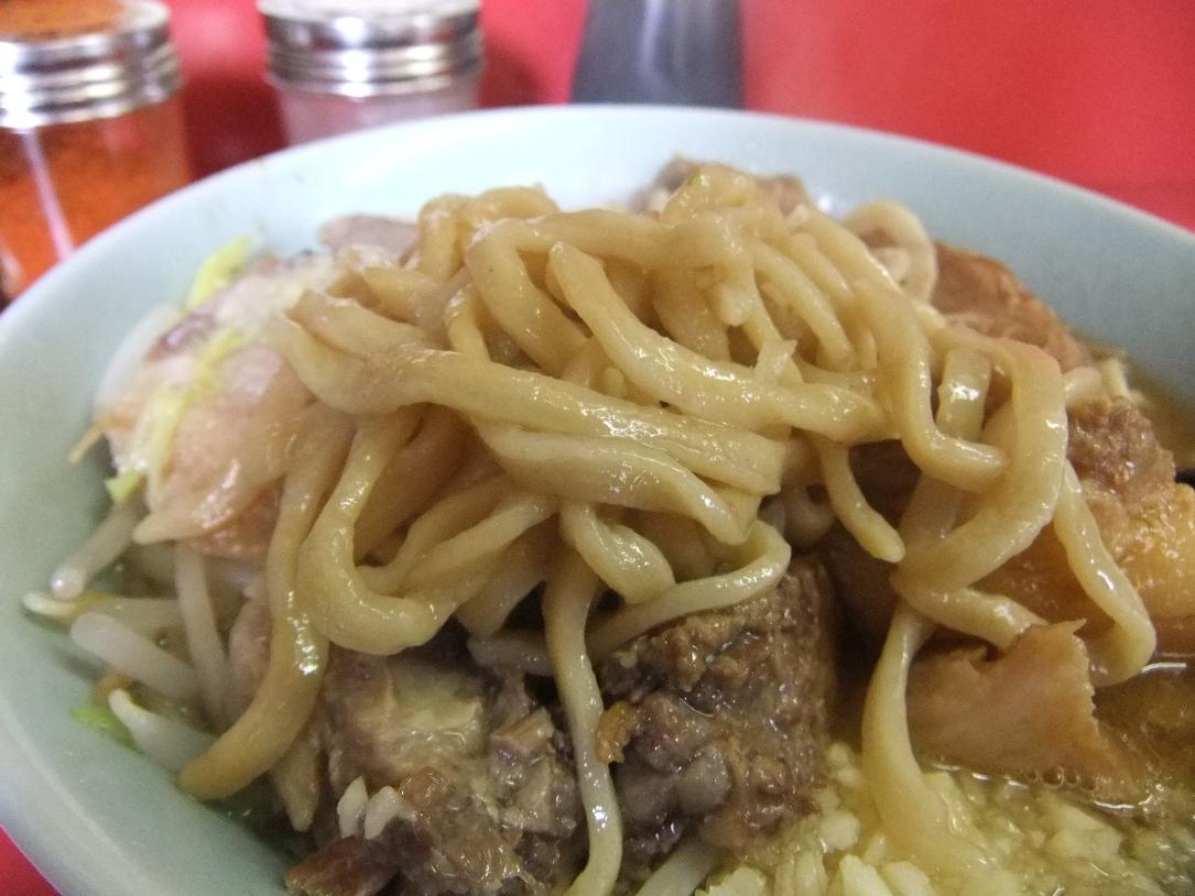 ラーメン二郎 桜台駅前店:麺 12.06.30