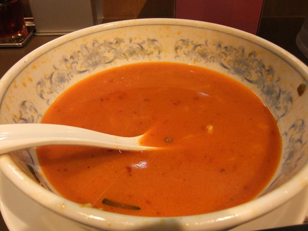 たんめん専門店 百菜:スープ 12.07.24