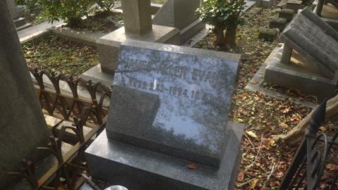 横浜 外国人墓地2