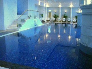 Peninsula S.Pool