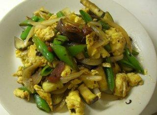 卵と野菜の紅ショウガ炒め