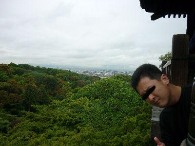 清水の大舞台から京都を望む