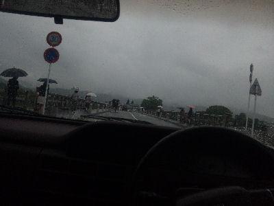 渡月橋をルーチェで渡る