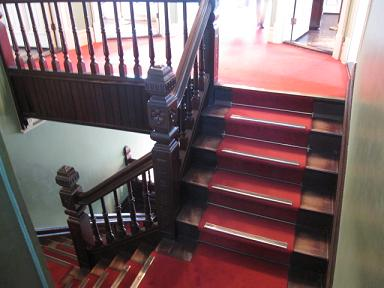 階段も素敵な雰囲気だぁ♪