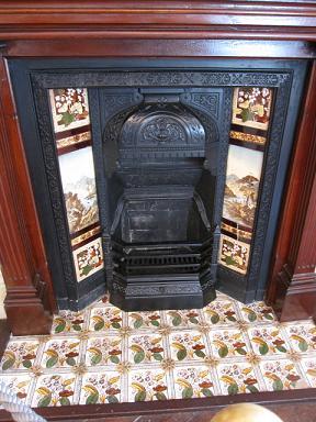 暖炉も素敵です♪