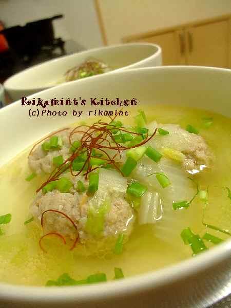 DSCF11・27くず野菜の肉団子スープ
