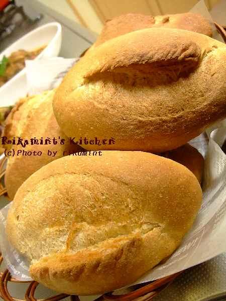 DSCF1・28ライ麦パン