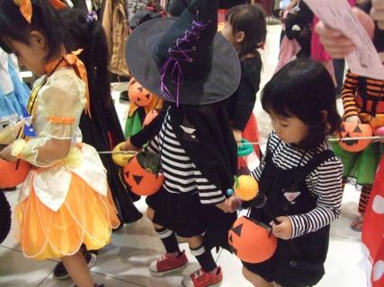 halloween_convert_20111116163500.jpg