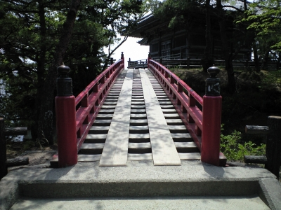 五大堂への道