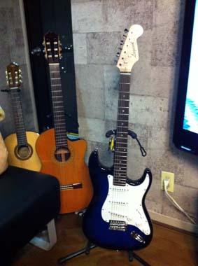 新参者ギター