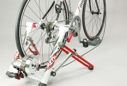 minoura_twin_bike.jpg