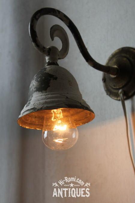 シャビー シェード付真鍮壁掛ライト/アンティークウォールランプ 2011/06/13