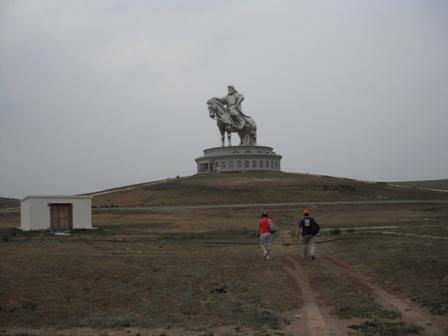 world's_biggest_Genghis_Khan_statue