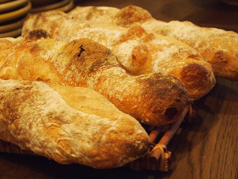 自家製パン(毎日焼いています!)