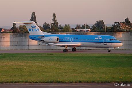 LHR、KLMシティホッパーのフォッカー70