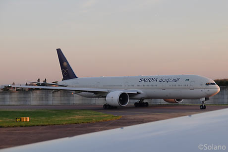 LHR、サウジアラビア航空のB777-300