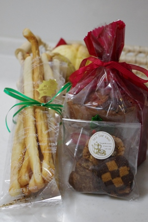 グリッシーニとクッキー