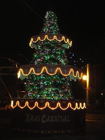コルトンプラザのクリスマスツリー