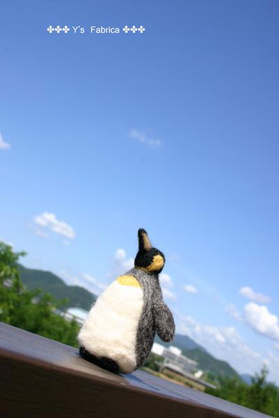 初羊毛フェルト作品「ペンギン」