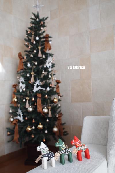 クリスマスカラーのダーラナホース!