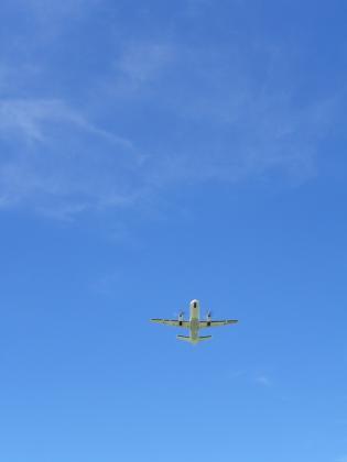 2012.6飛行機離陸2 - コピー