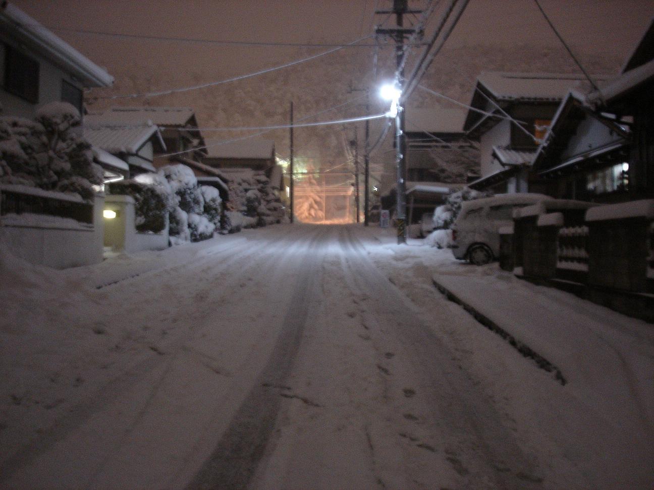 センター前日 雪
