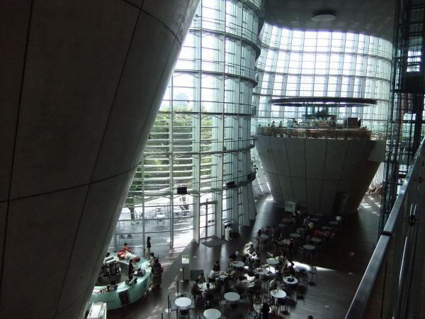 国立新美術館5〔フリー写真〕
