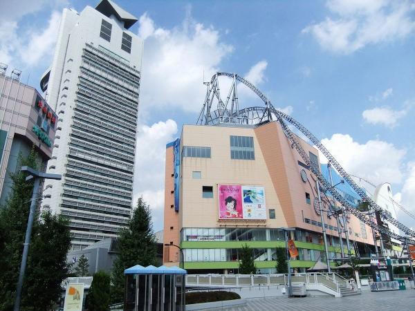 文京シビックセンターとラクーア〔フリー写真〕