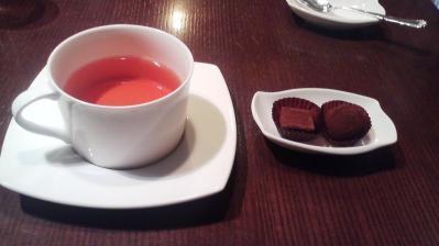サロン 紅茶とチョコ