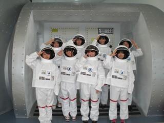 2010韓国(韓国の宇宙開発技術を体験する).jpg