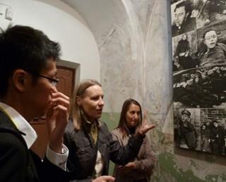 2010リトアニア(KGB博物館でソ連占領下の状況を学ぶ).jpg