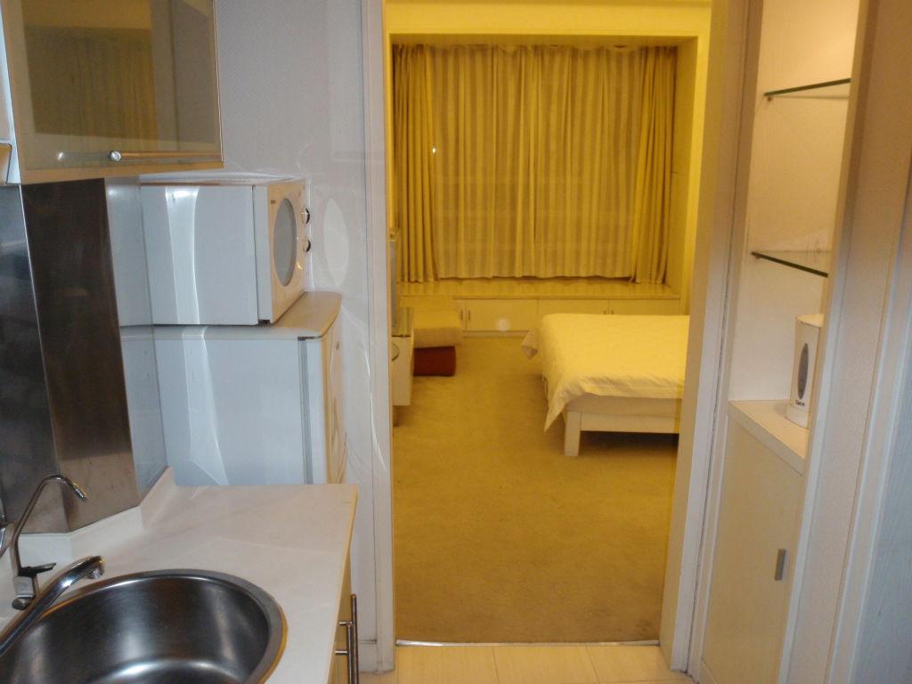 8029泊のホテル