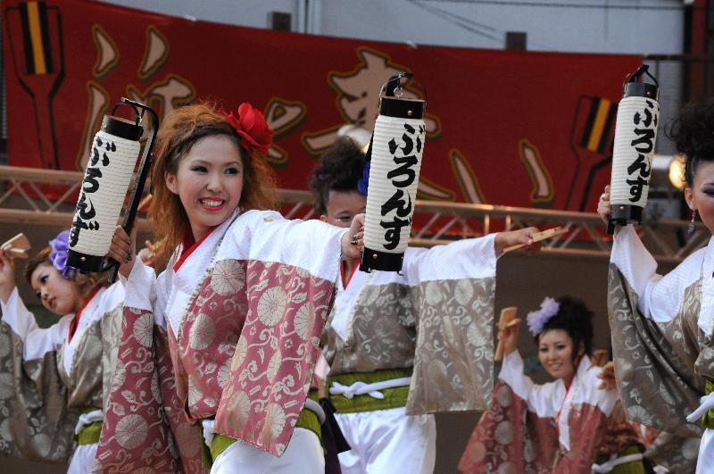 新居浜市 喜光地 よっしゃコンガ踊り大会  ぶろんず
