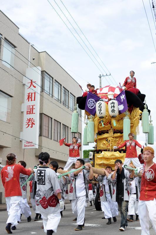 新居浜夏祭り 土橋太鼓台 昭和通