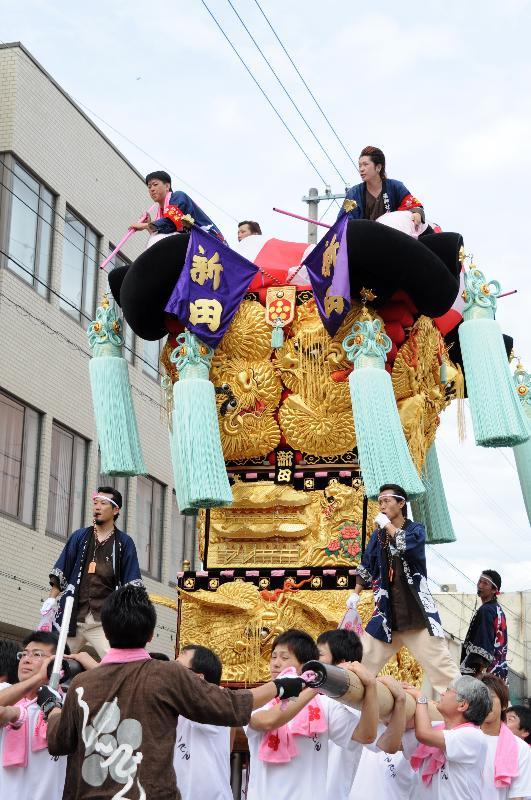 新居浜夏祭り 新田太鼓台 昭和通