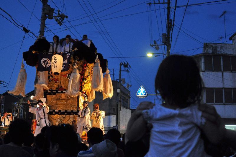 新居浜夏祭り 昭和通り 女太鼓台