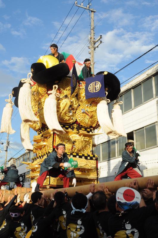 新居浜夏祭り 昭和通り 宇高太鼓台
