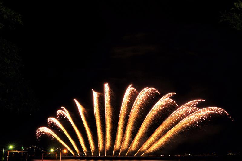 今治市 おんまく花火 2011年 オープニングスターマイン