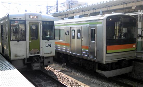 fc2-2011_1010-02.jpg