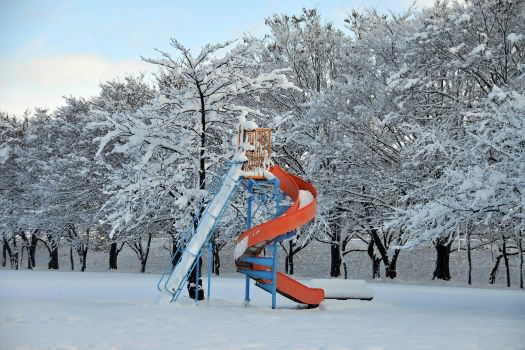 2008-1210-雪の公園3