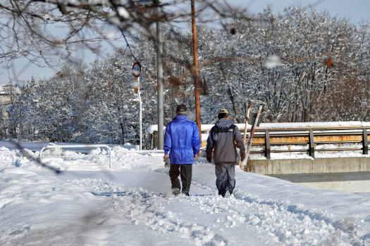 2008-1212-歩く人
