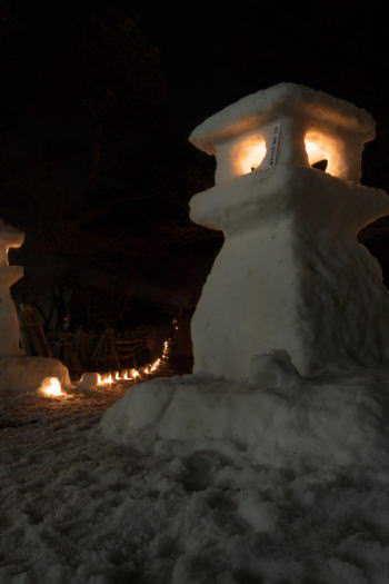 2009-0216-雪灯篭2