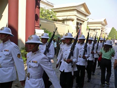 衛兵の行進