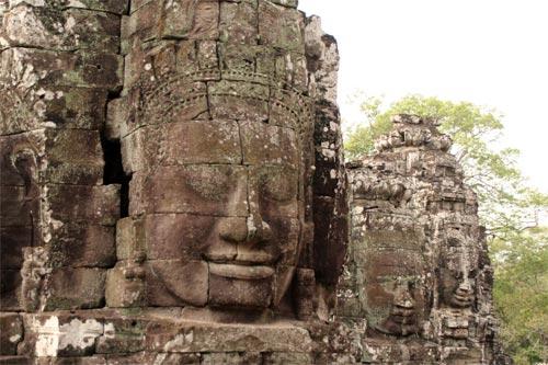 バイヨン寺院の四面仏