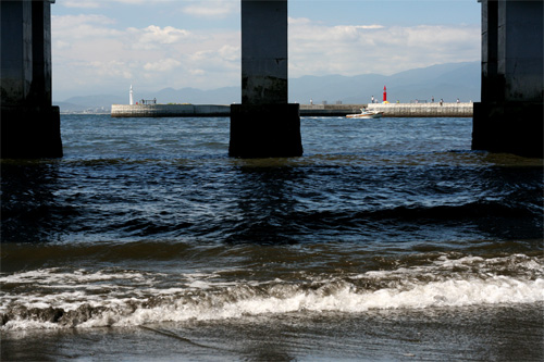 赤い灯台、白い灯台