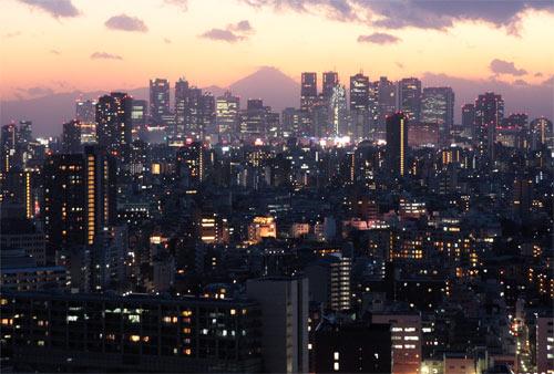 新宿副都心と富士山